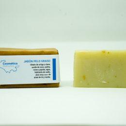 Jabón natural para el cabello graso